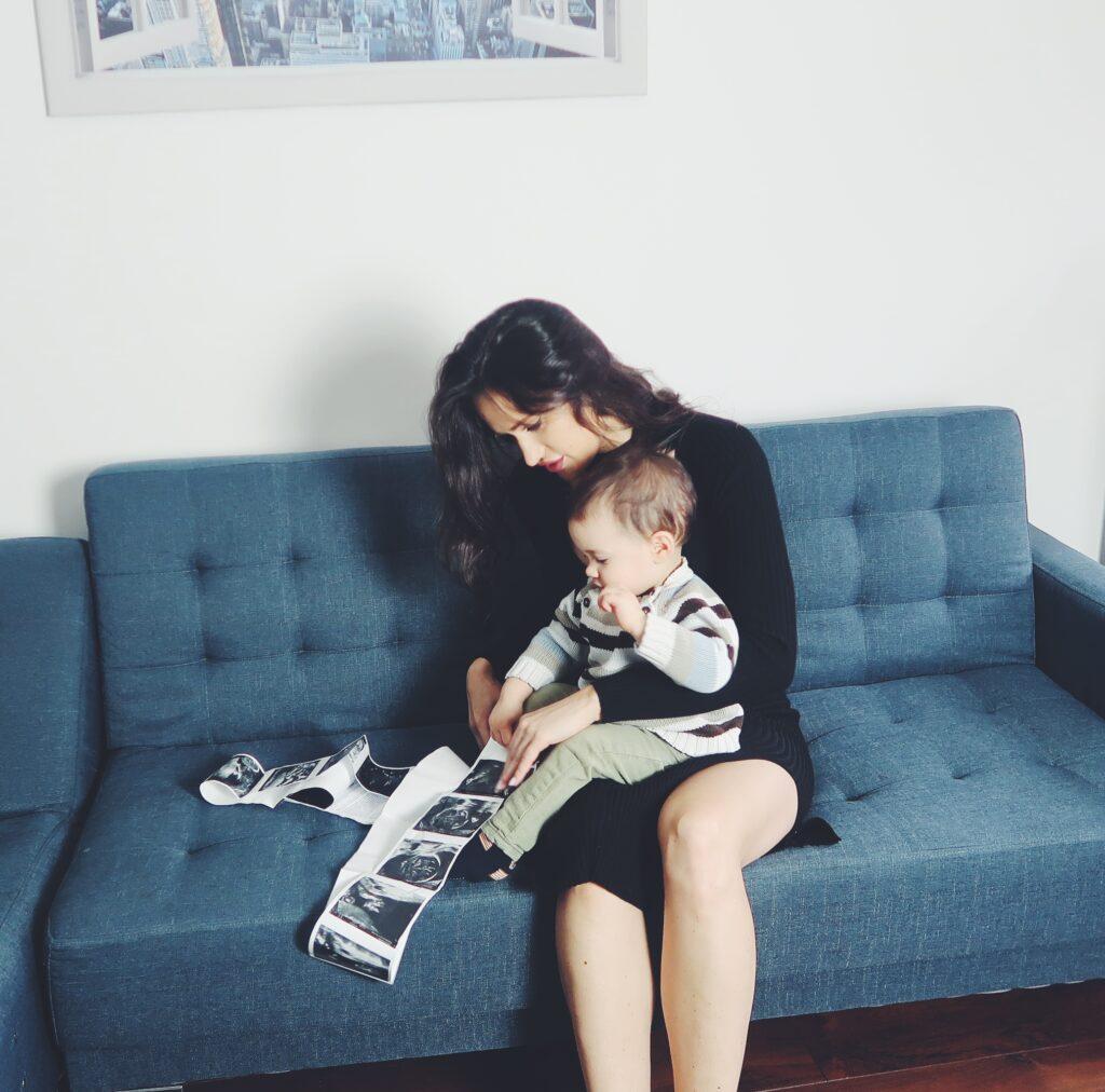 karolina dziwiszek 24 weeks pregnant